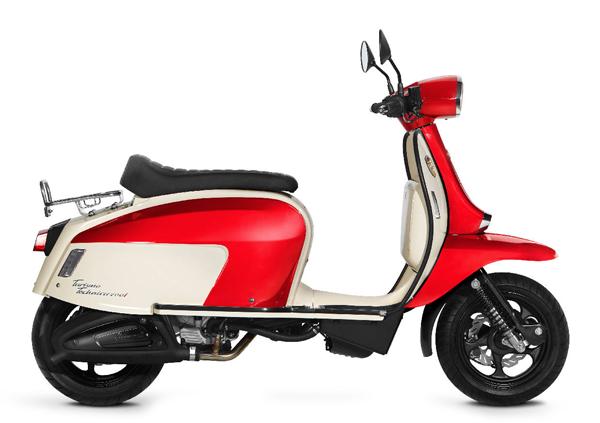 Scomadi TT200i 2019-2020 สีขาว-แดง