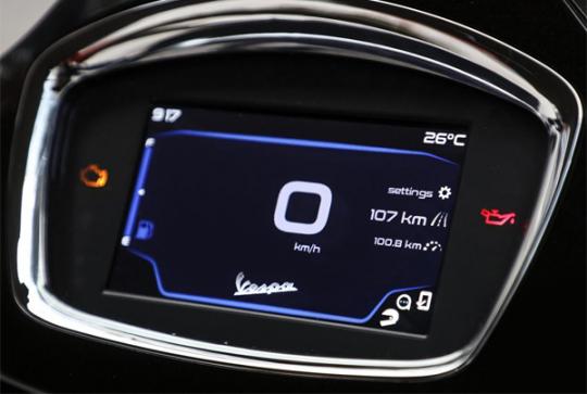 Vespa GTS Super Tech 300