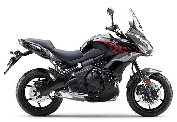 Kawasaki Versys 650 2021 สีเทา