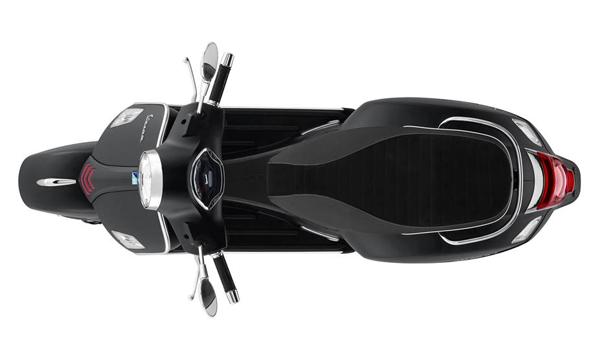 Vespa GTS Super Sport 300 HPE