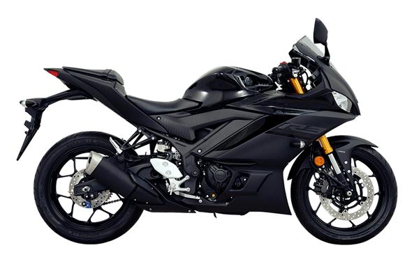 Yamaha R3 2020 สีดำ