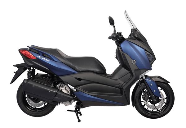 Yamaha XMAX 2021 สีน้ำเงิน