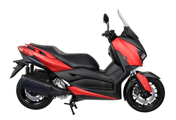 Yamaha XMAX 2021 สีแดง