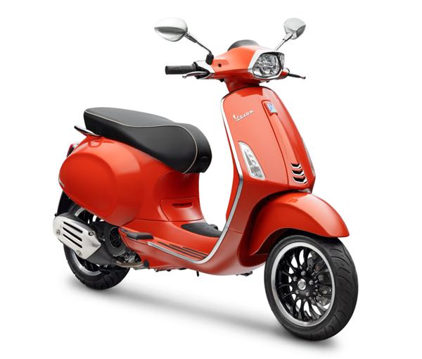Vespa Sprint 150 150 สีส้ม