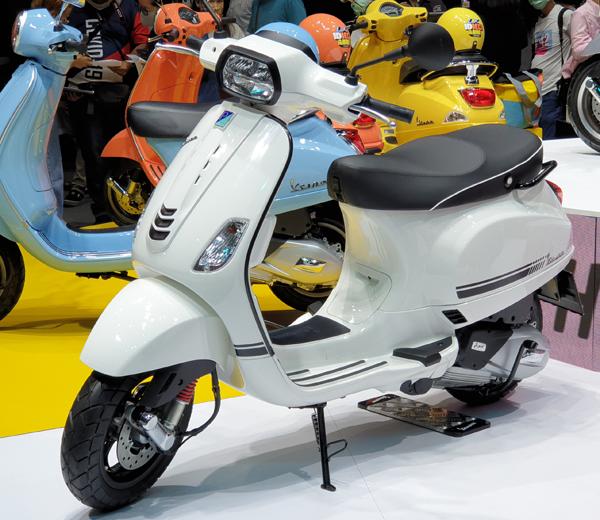 Vespa S 125 2021 สีขาว