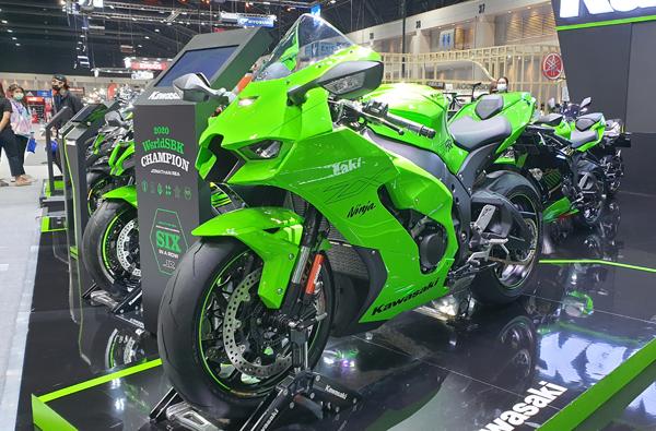 Kawasaki Ninja ZX-10RR 2021<