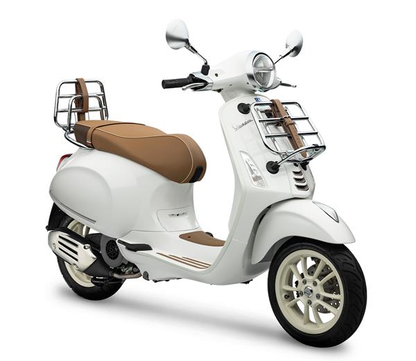 Vespa Primavera 150 - PIC NIC Edition สีขาว