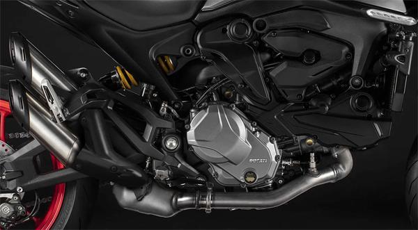 Ducati Monster 2021-2022